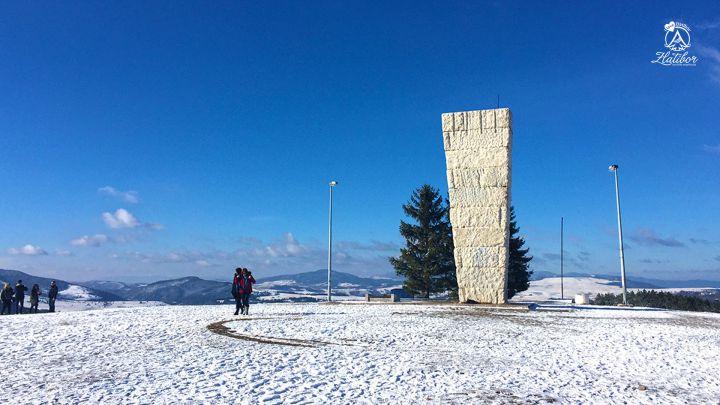 Zlatibor Spomenik Na Sumatnom Brdu